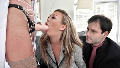 Therapist Bella Knows Better How Through Fuck His Wife