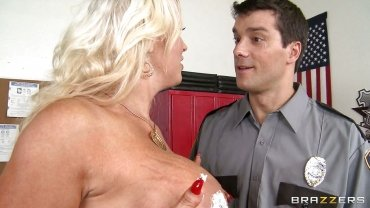 Brazzers - Milf Along Enormous Boobs Got Busted