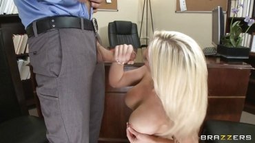 Brazzers - Blonde Babe Gets Her Mouth Fucked Hardcore